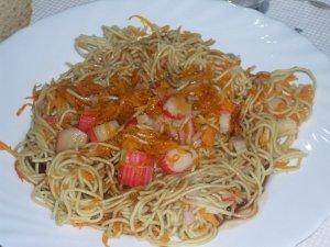 Fideos chinos con salsa agridulce